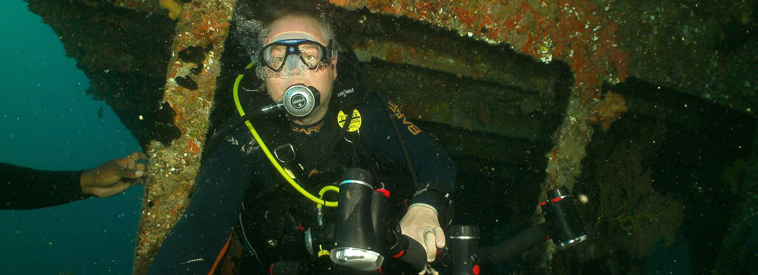 BECOME A CERTIFIED SHIPWRECK DIVER